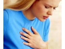 Боли в сердце: симптомы у женщин, лечение, первая помощь