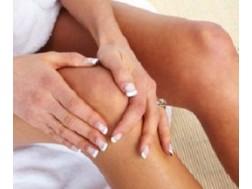 Как проводить лечение когда колено опухло и болит при сгибании