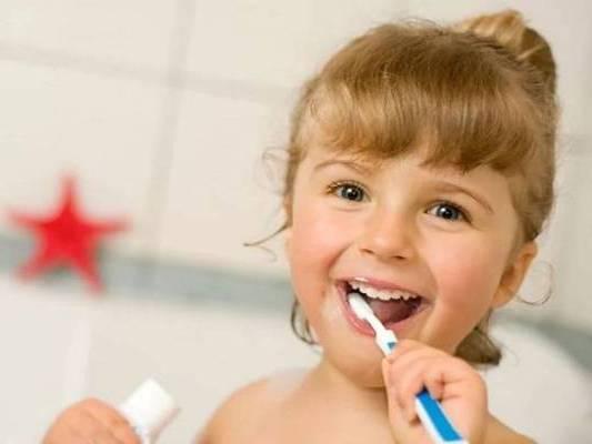 нужно чистить зубы