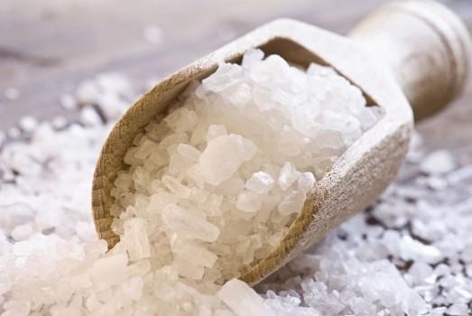соль в ковше