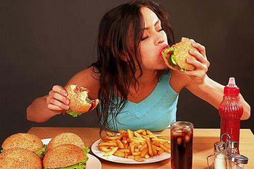 питание фсатфудом
