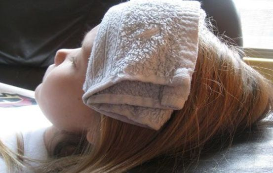 прохладное полотенце на голову