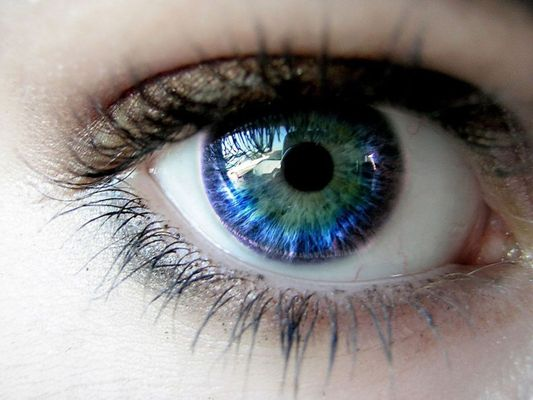 глаз с деструкцией стекловидного тела
