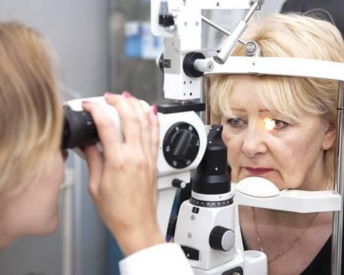 периодическое обследование - профилактика заболевания сетчатки глаза