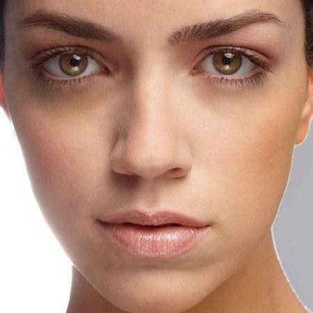 косметические манипуляции на лице
