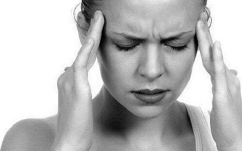 посторонние шумы в голове