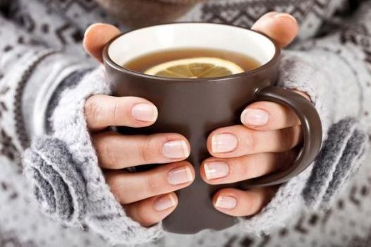 теплый чай с лимоном