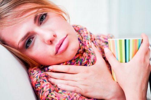 лечение красного горла дома