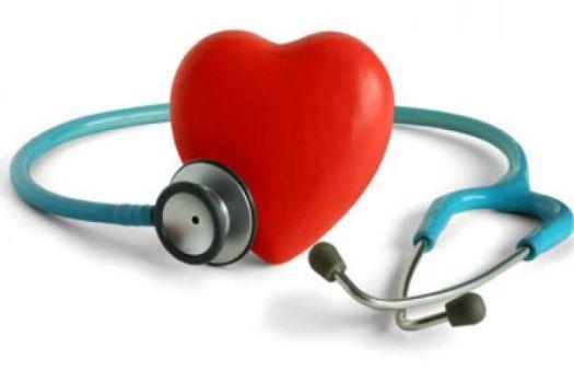 сердце с стетоскопом
