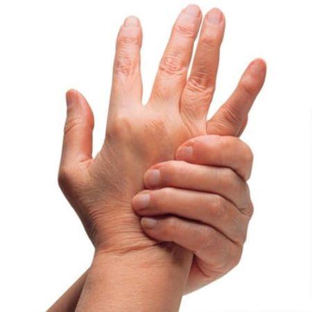 болит сустав пальцев рук