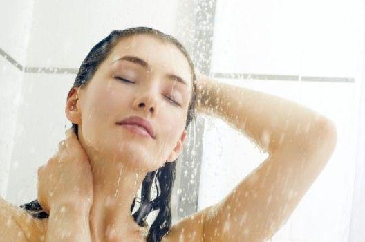 под теплым душем