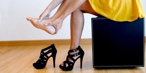 причина - каблуки