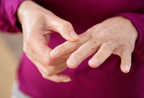 боли в суставах пальцев