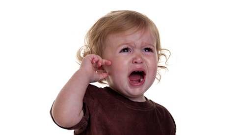 сильные боли в ушах у ребенка