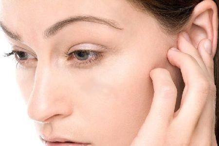 недомогание уха