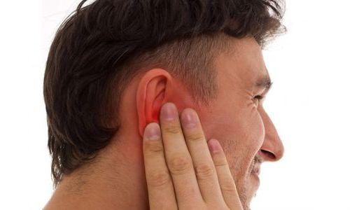 покраснение в области уха