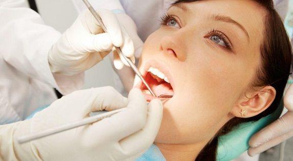 у челюстно-лицевого хирурга
