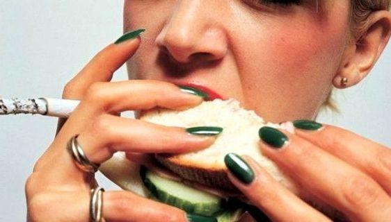 неправильная пища и сигареты