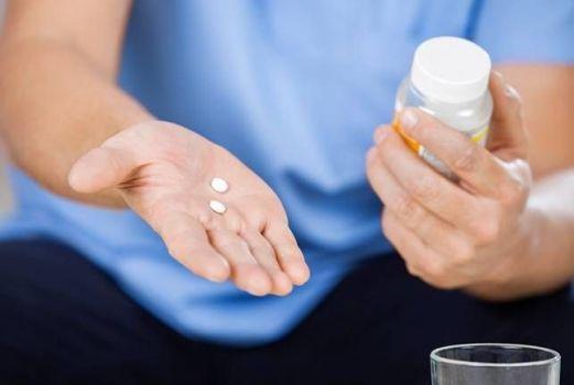лекарства при боли в желудке